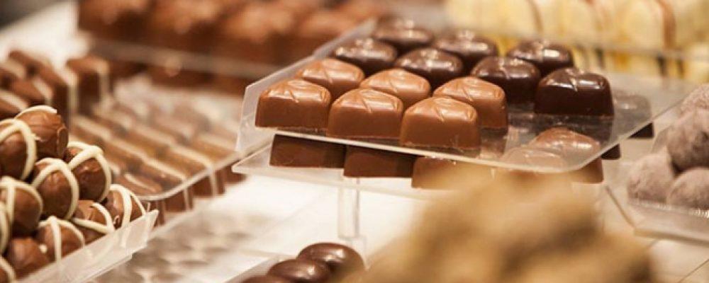 CHOCOLATE ON VALENTINES DAY?